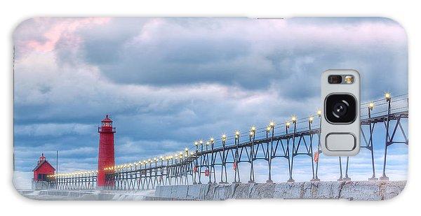 Catwalk Galaxy S8 Case - Dawn Grand Haven Lighthouse by Dean Pennala