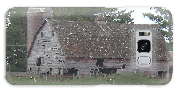 Galaxy Case - Deserted Barn by Bonfire Photography