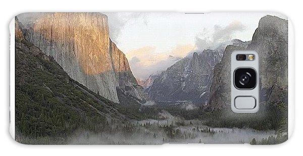 City Galaxy Case - El Capitan. Yosemite by Randy Lemoine