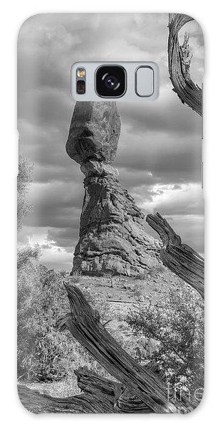 Framed Balance Rock Bw Galaxy Case