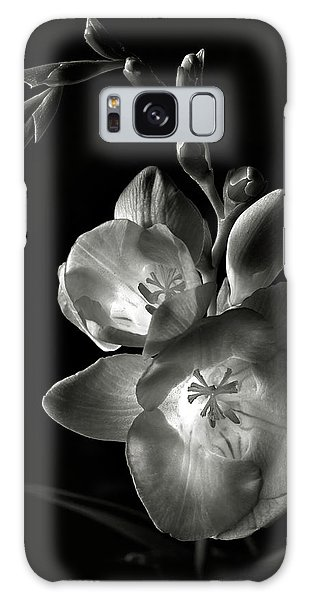 Freesia In Black And White Galaxy Case