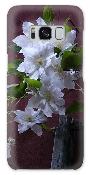 Glowing White Clematis Galaxy Case