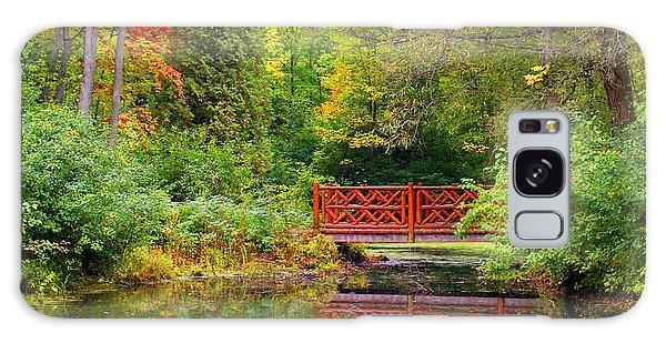 Henes Park Pond Bridge Galaxy Case