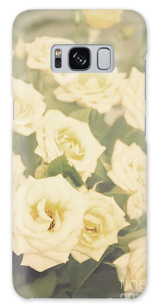 Yellow Roses Galaxy Case