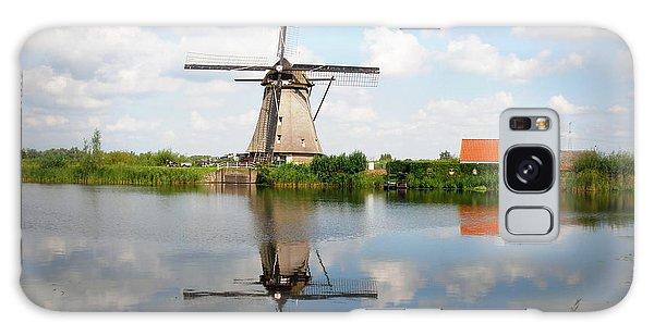 Kinderdijk Windmill Galaxy Case