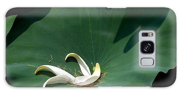 Lotus Leaf--castoff IIi Dl060 Galaxy Case by Gerry Gantt