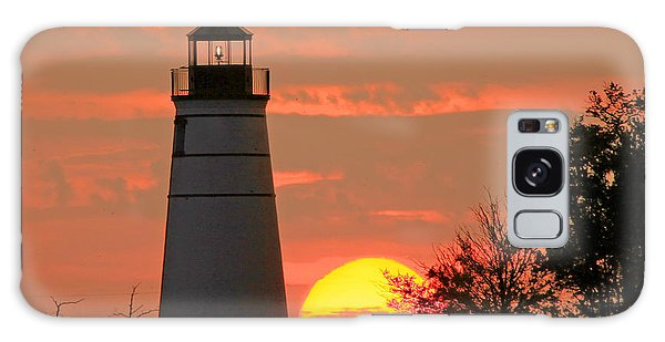 Madisonville Lighthouse Sunset Galaxy Case