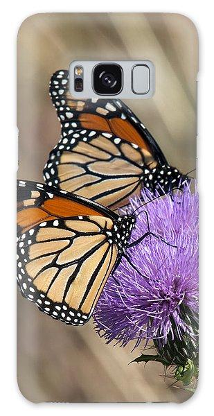 Monarch Butterflies On Field Thistle Din162 Galaxy Case by Gerry Gantt