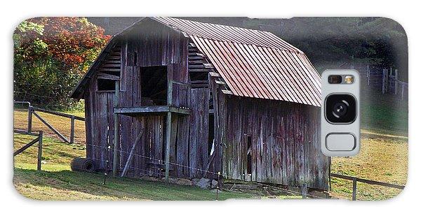 Old Barn In Etowah Galaxy Case