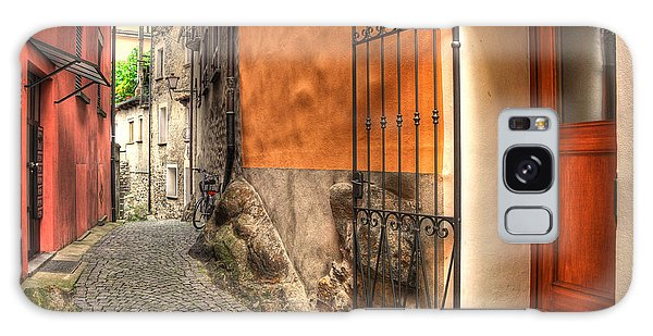 Old Colorful Rustic Alley Galaxy Case