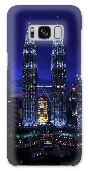 Petronas Towers In Kl Malaysia At Twilight. Galaxy Case
