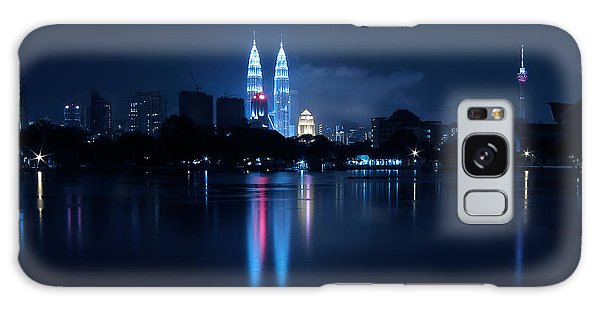 Petronas Towers Taken From Lake Titiwangsa In Kl Malaysia. Galaxy Case