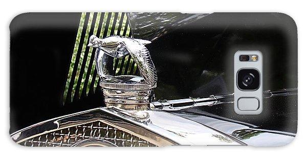 Quail Radiator Cap- Ford Galaxy Case by Nick Kloepping