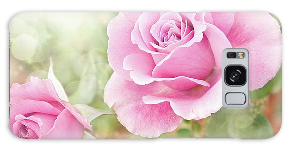 Romantic Roses In Pink Galaxy Case