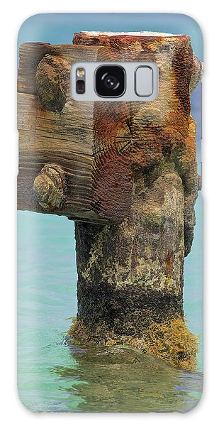 Rusted Dock Pier Of The Caribbean Iv Galaxy Case