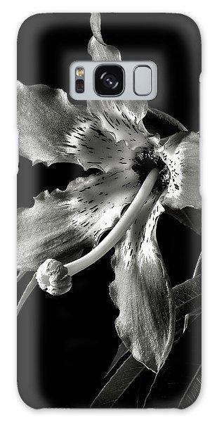 Silk Flower In Black And White Galaxy Case