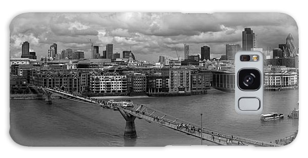 St Paul's And The City Panorama Bw Galaxy Case
