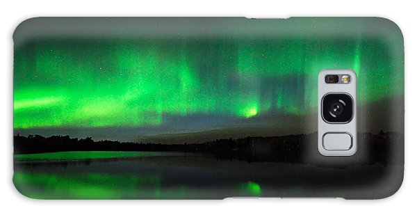 Tofte Lake Aurora Galaxy Case