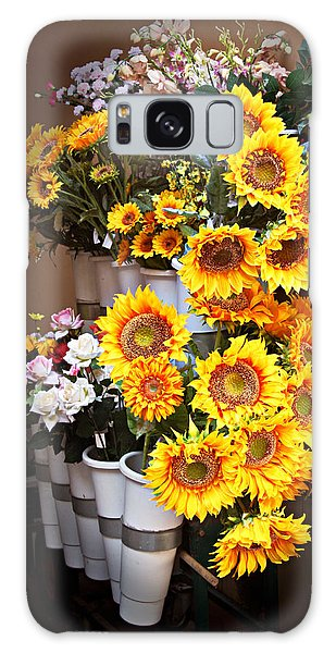 Tuscan Flower Stand Galaxy Case