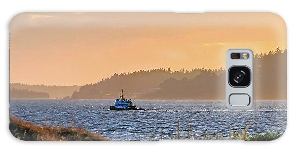 Twilight Tug -chambers Bay Golf Course Galaxy Case