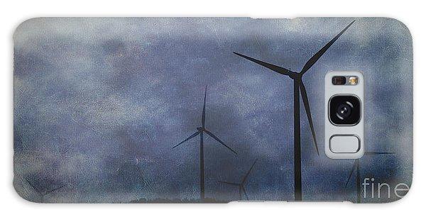 Windmills. Galaxy Case