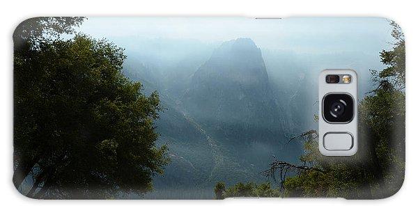Yosemite Falls Hike Galaxy Case