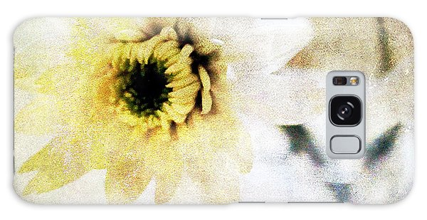 Daisy Galaxy S8 Case -  White Flower by Linda Woods