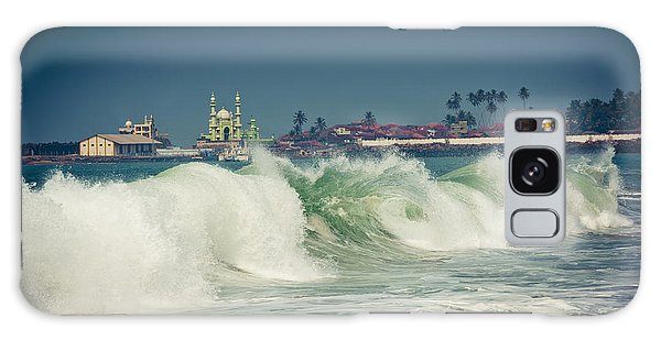 Big Wave On The Coast Of The Indian Ocean Kerala India Galaxy Case