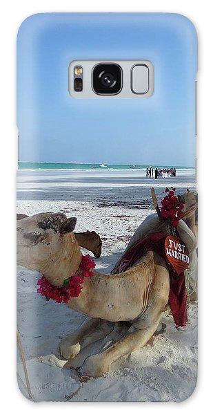 Exploramum Galaxy Case - Camel On Beach Kenya Wedding by Exploramum Exploramum