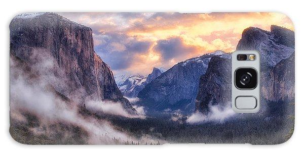 Daybreak Over Yosemite Galaxy Case