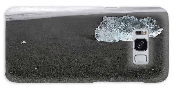 Diamonds Floating In Beaches, Iceland Galaxy Case