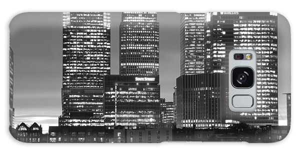 Docklands Canary Wharf Sunset Bw Galaxy Case by David French