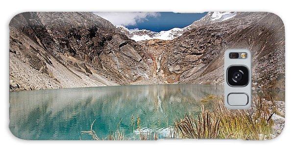 Emerald Green Mountain Lake At 4500m Galaxy Case
