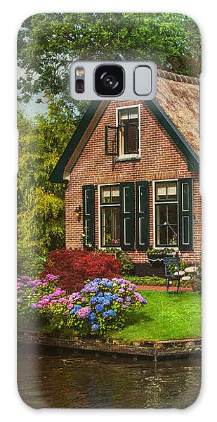 Fairytale House. Giethoorn. Venice Of The North Galaxy Case