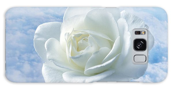 Heavenly White Rose. Galaxy Case