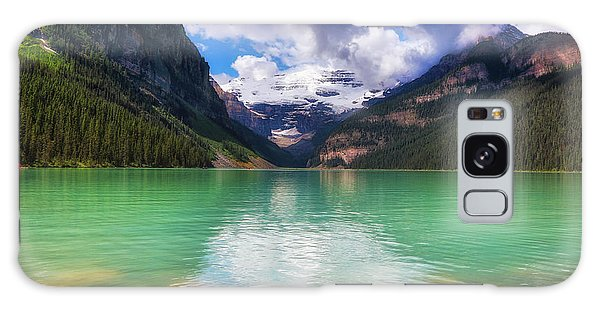 Lake Louise Is Really Green Galaxy Case