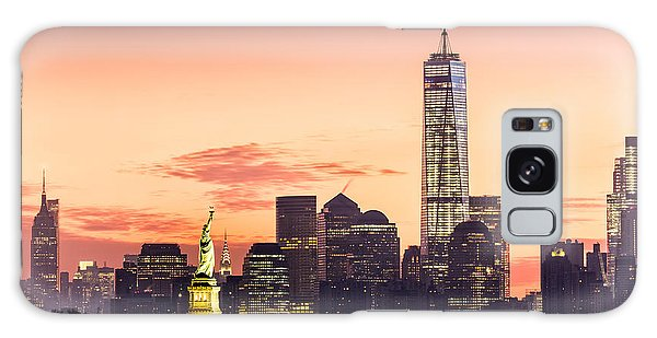 Lower Manhattan And The Statue Of Liberty At Sunrise Galaxy Case