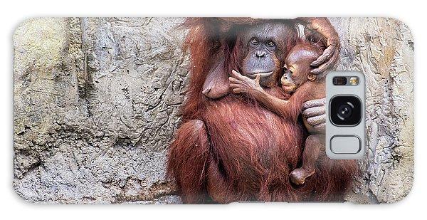 Mom And Baby Orangutan Galaxy Case