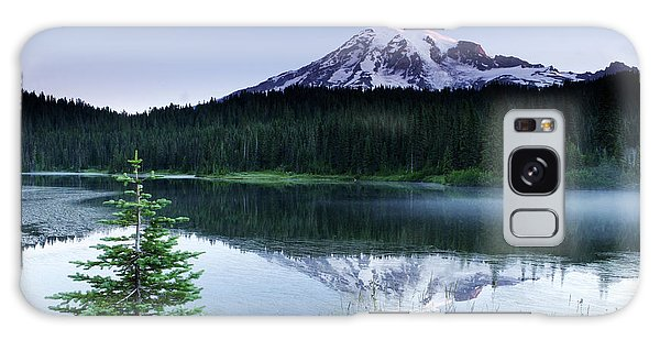 Mount Rainier Reflections Galaxy Case