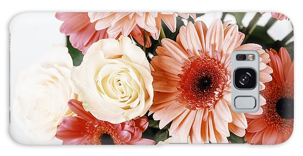 Pink Gerbera Daisy Flowers And White Roses Bouquet Galaxy Case