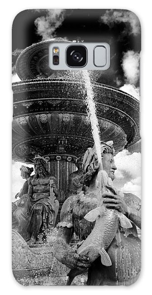 Place De La Concorde Fountain Galaxy Case by Heidi Hermes