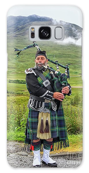 Playing Bagpiper Galaxy Case
