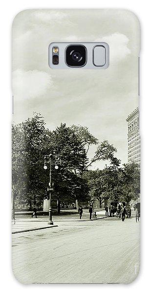 The Empire Galaxy Case - The Flatiron Building 1906 by Jon Neidert