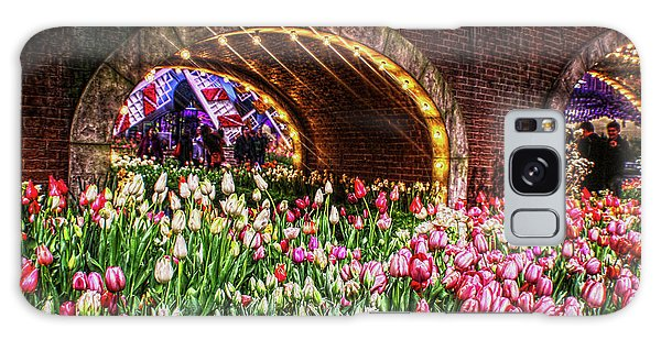 Welcoming Tulips Galaxy Case