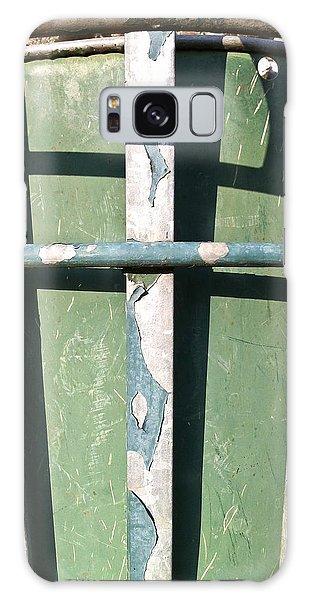 Rubbish Bin Galaxy Case - Green Metal by Tom Gowanlock
