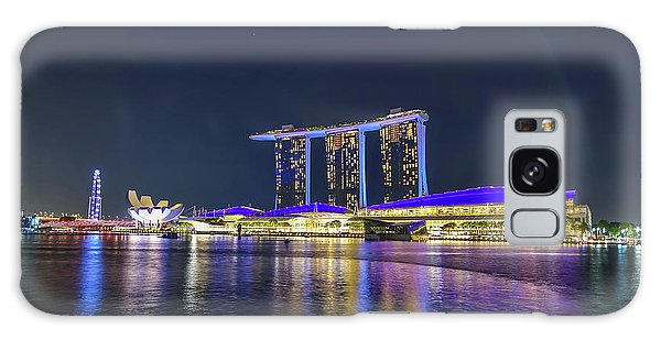 Marina Bay Sands And The Artscience Museum In Singapore Galaxy Case