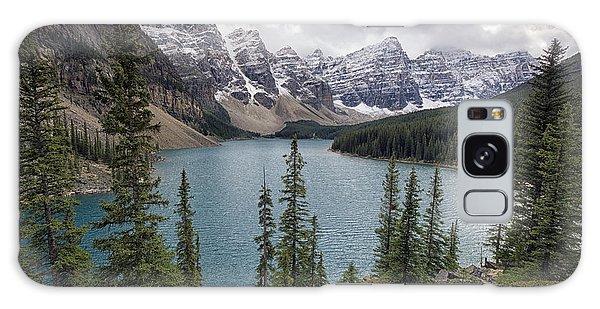 Moraine Lake Galaxy Case - Moraine Lake by Robert Fawcett