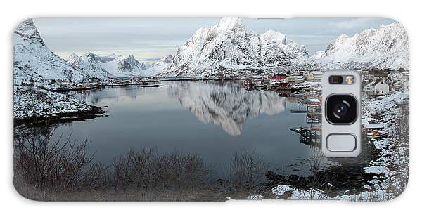 Galaxy Case featuring the photograph Reine, Lofoten 4 by Dubi Roman
