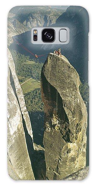 306540 Climbers On Lost Arrow 1967 Galaxy Case