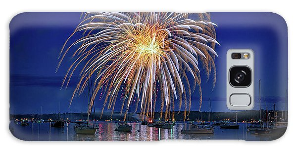 Galaxy Case featuring the photograph 4th Of July Fireworks by Rick Berk